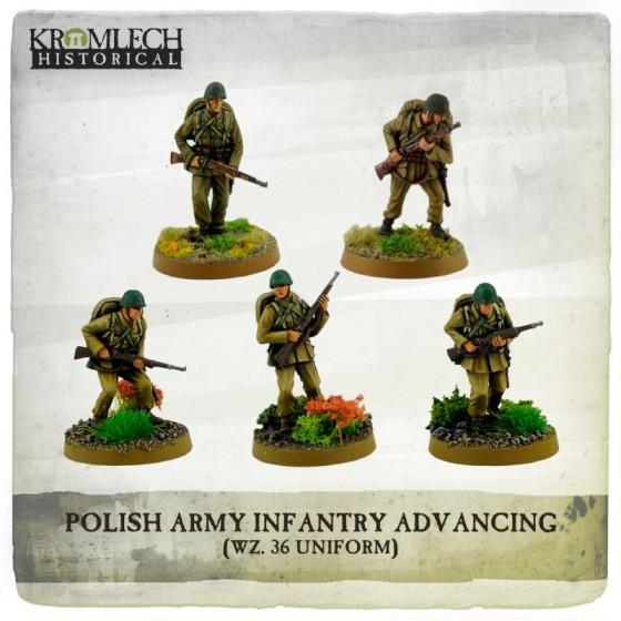 POLISH ARMY INFANTRY ADVANCING (WZ. 36 UNIFORMS)